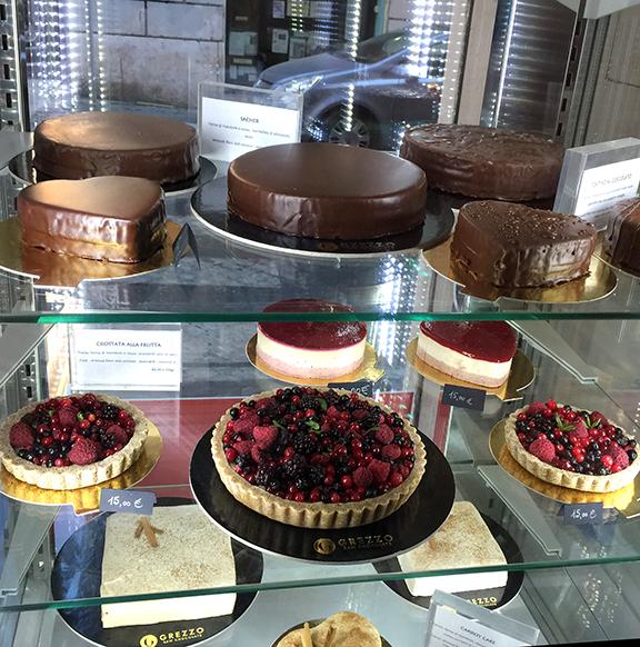 GREZZO pastry case